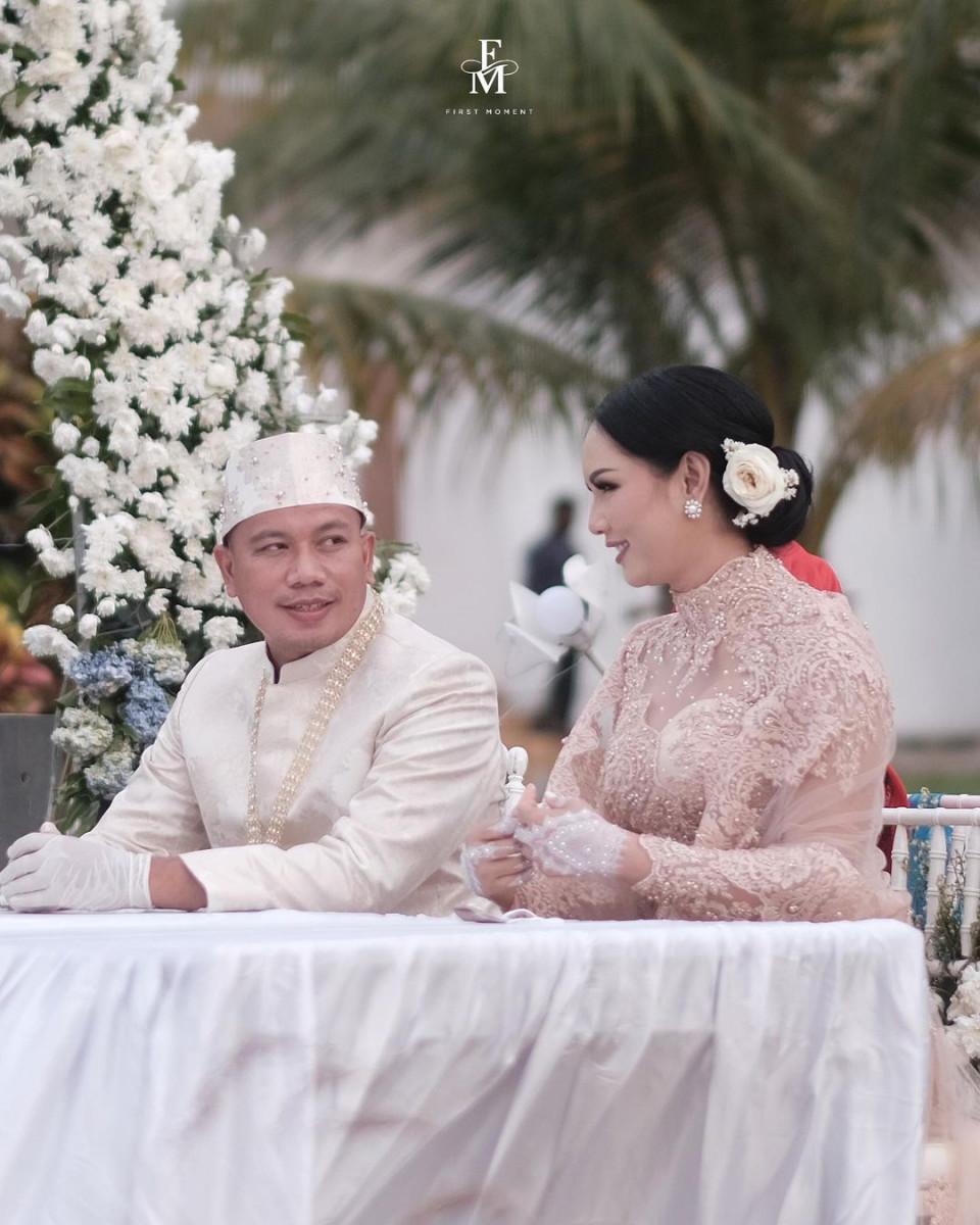 Hari Ini Vicky Prasetyo Divonis, Kalina Oktarani: Semoga Aku Tidak Kehilangan Suami