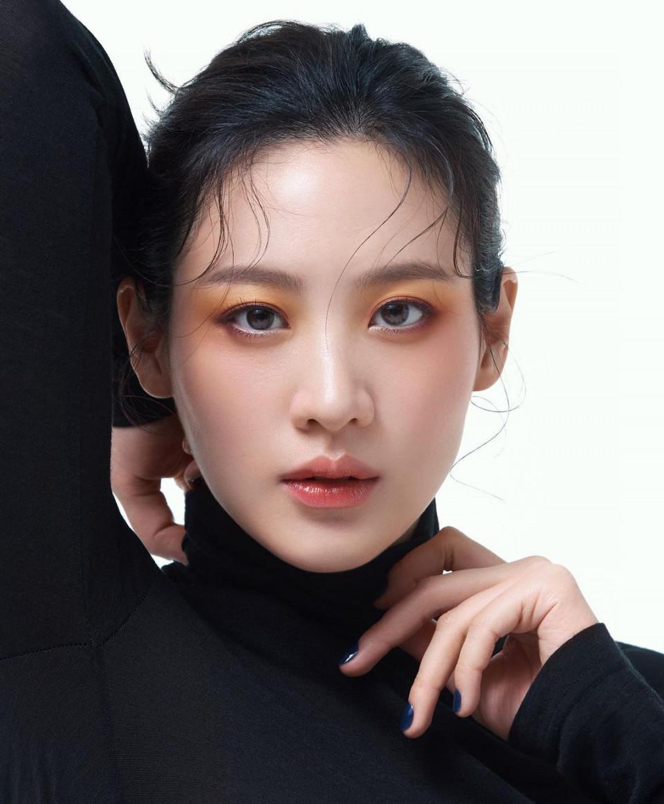 7 Fakta Menarik Claudia Kim, Aktris Korea Pemeran Nagini di Fantastic Beasts - Foto 3