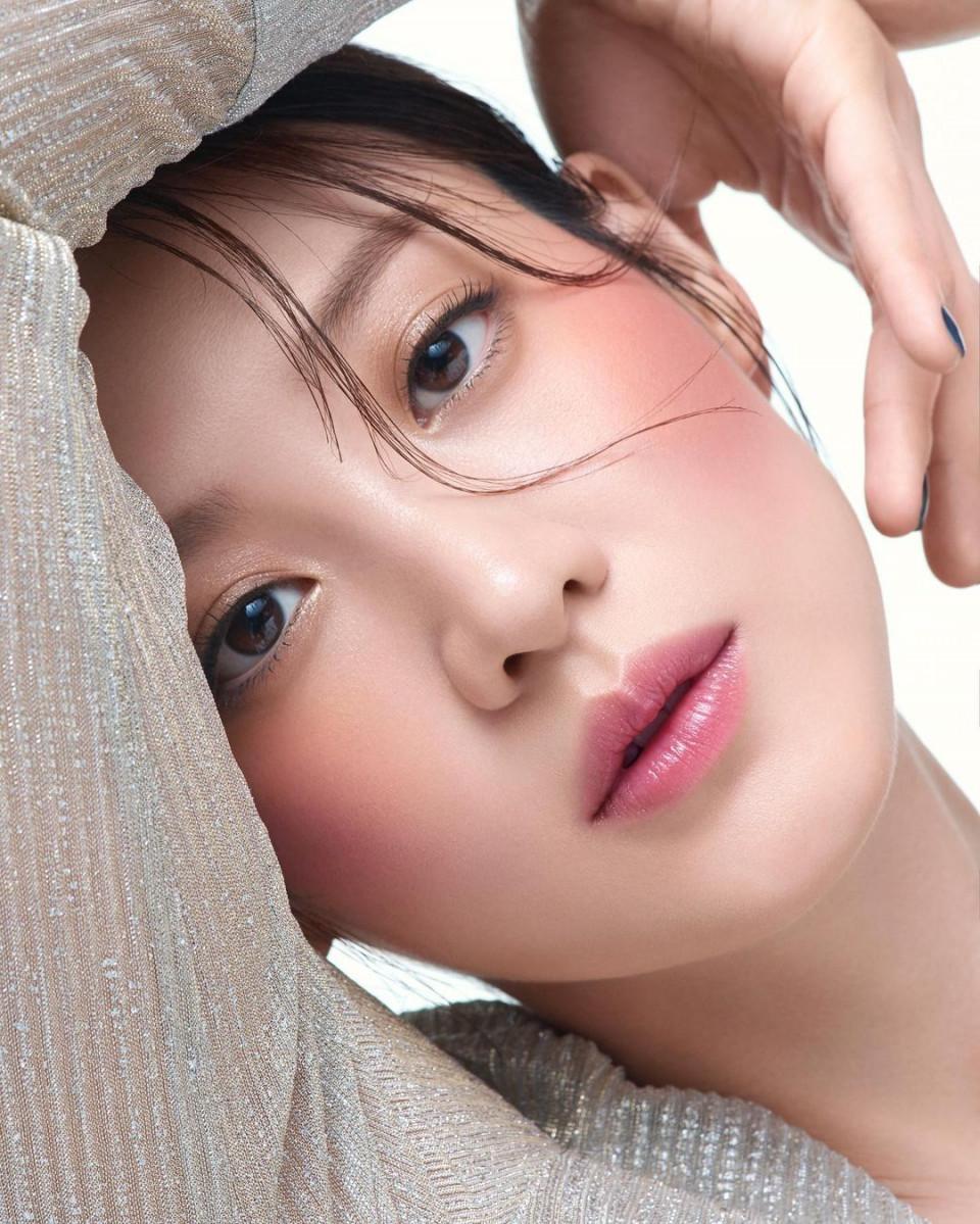 7 Fakta Menarik Claudia Kim, Aktris Korea Pemeran Nagini di Fantastic Beasts - Foto 5