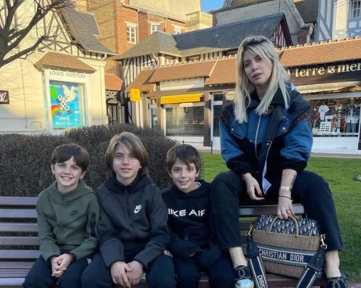 Sudah Miliki 5 Anak, 5 Foto Wanda Icardi yang Tetap Seksi - Foto 1