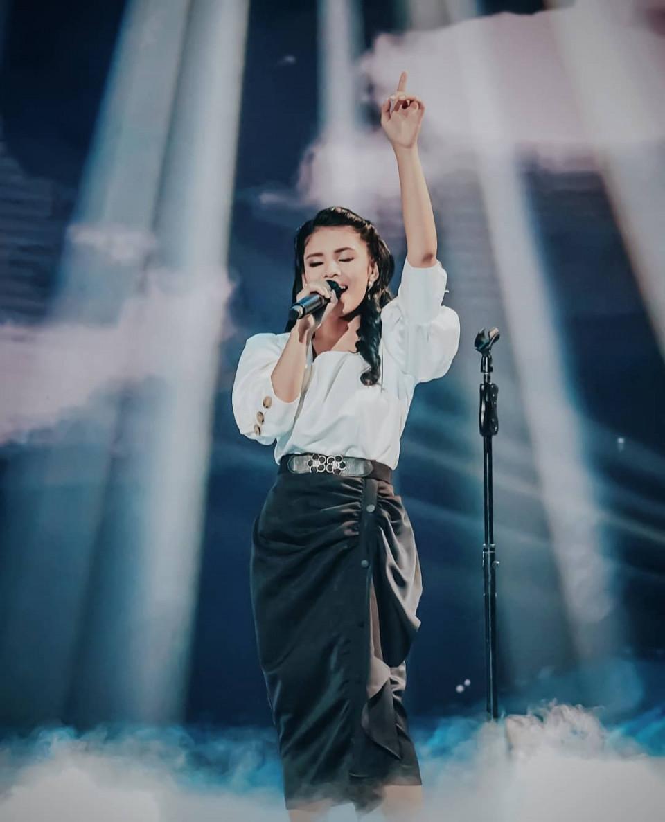 9 Potret Adu Gaya 3 Finalis Indonesian Idol, Mana Favoritmu - Foto 4