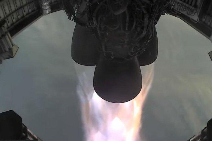 Roket Elon Musk Meledak Lagi, Uji Terbang Keempat Starship SpaceX Gagal - Foto 1