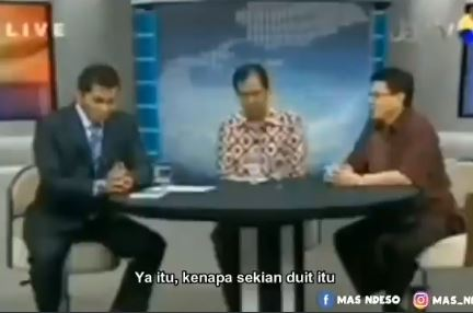 Bikin Geleng Kepala, Begini Video Viral Anggota DPR Diroasting Lewat Telepon di Acara TV - Foto 3
