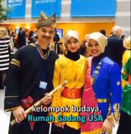 Kisah Alya Sarah Lawindo, Remaja Asal Minang yang Jadi Guru Ngaji di Washington DC - Foto 2