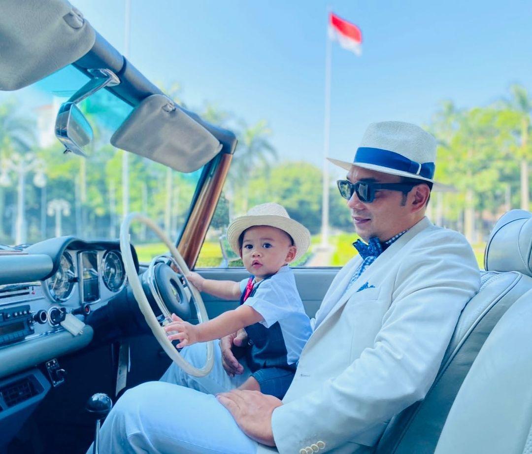 7 Potret Terbaru Arkana Aidan Misbach, Anak Ridwan Kamil yang Bikin Warganet Gemas - Foto 5