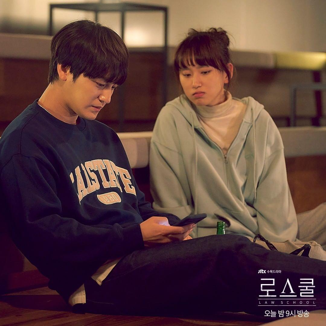 7 Potret Serasi Ryu Hye-young dan Kim Bum di Drama Law School, Bikin Baper Abis - Foto 3