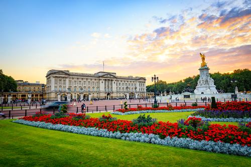 Ratu Elizabeth II Tak Tertarik Istana Buckingham Jadi Museum