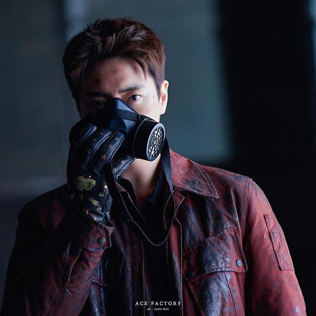 7 Potret Lee Joon-hyuk Jadi Detektif Tangguh di Drama Dark Hole, Penuh Pesona - Foto 5