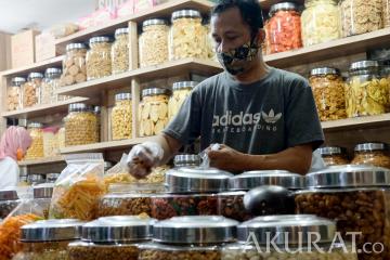 Penjualan Kue Kering Meningkat Jelang Hari Raya Idulfitri