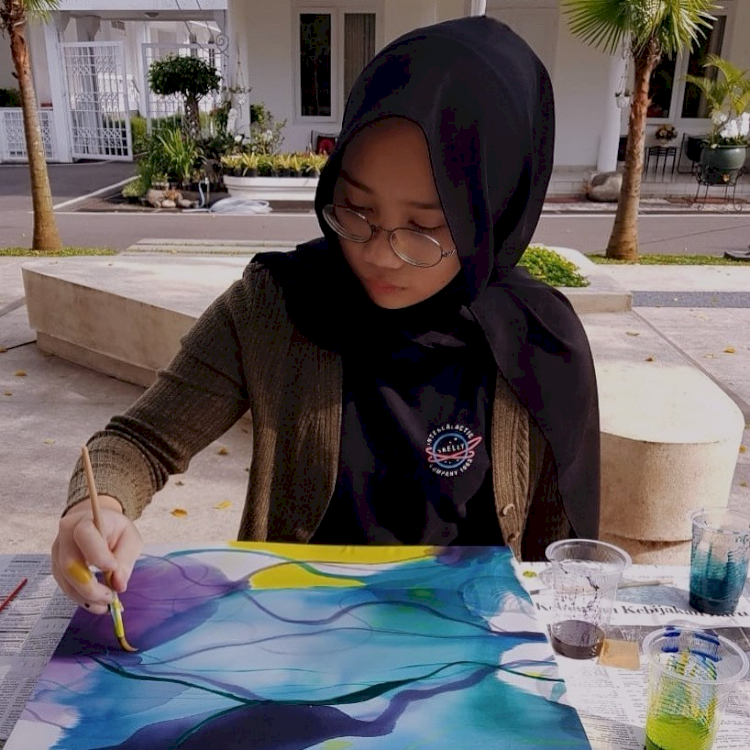 7 Potret Camillia Laetitia Azzahra, Putri Ridwan Kamil yang Makin Memesona - Foto 3