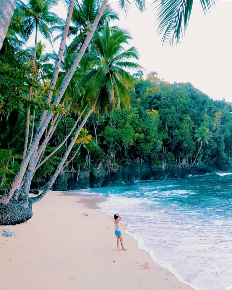7 Pesona Kabupaten Kepulauan Sangihe yang Jarang Tersorot, Bak Surga Tersembunyi - Foto 1