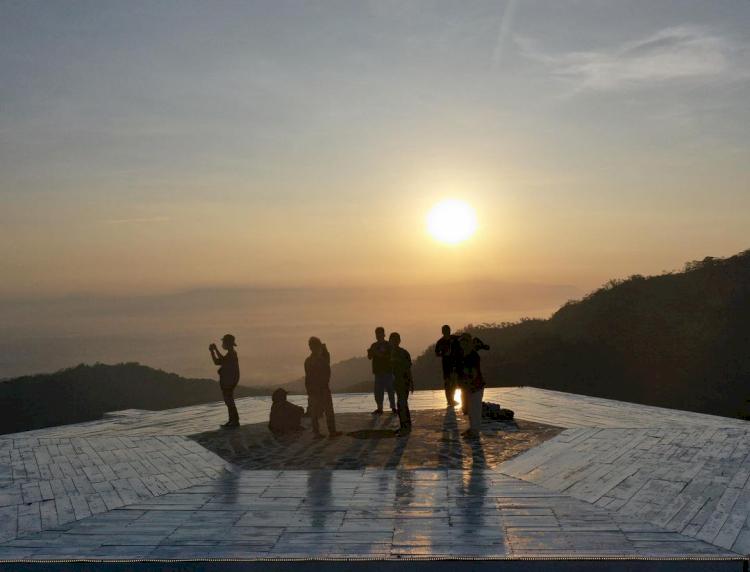7 Pesona Tumpeng Menoreh, Wisata Baru di Jogja Milik Musisi Erix Soekamti - Foto 2