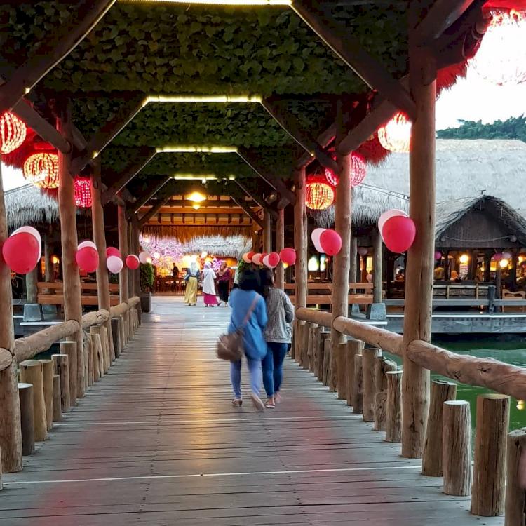Tepi Laut hingga Dataran Tinggi, Ini 5 Rekomendasi Restoran Paling Nyaman di Semarang - Foto 4