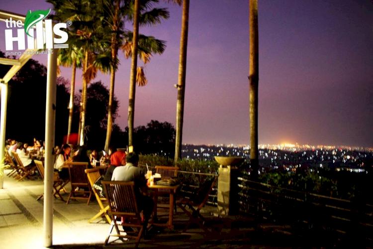 Tepi Laut hingga Dataran Tinggi, Ini 5 Rekomendasi Restoran Paling Nyaman di Semarang - Foto 5