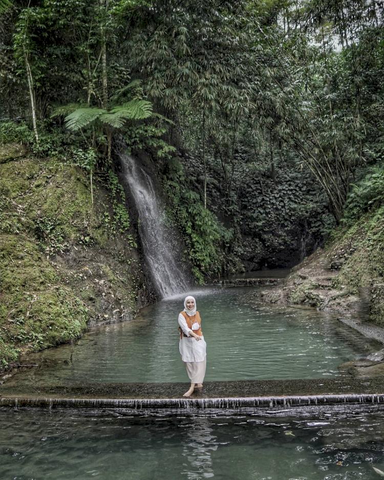 Lelah Perjalanan Terbayarkan, 5 Pesona Curug Tersembunyi di Majalengka - Foto 1