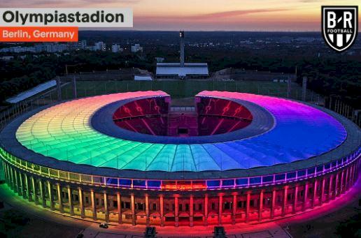 Dilarang UEFA, 5 Potret Stadion Jerman dan Fans dengan Atribut Pelangi - Foto 1