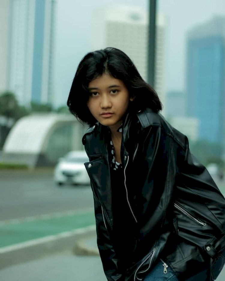 7 Potret Memesona Amel, Gadis yang Miliki Wajah Mirip Nike Ardilla - Foto 3