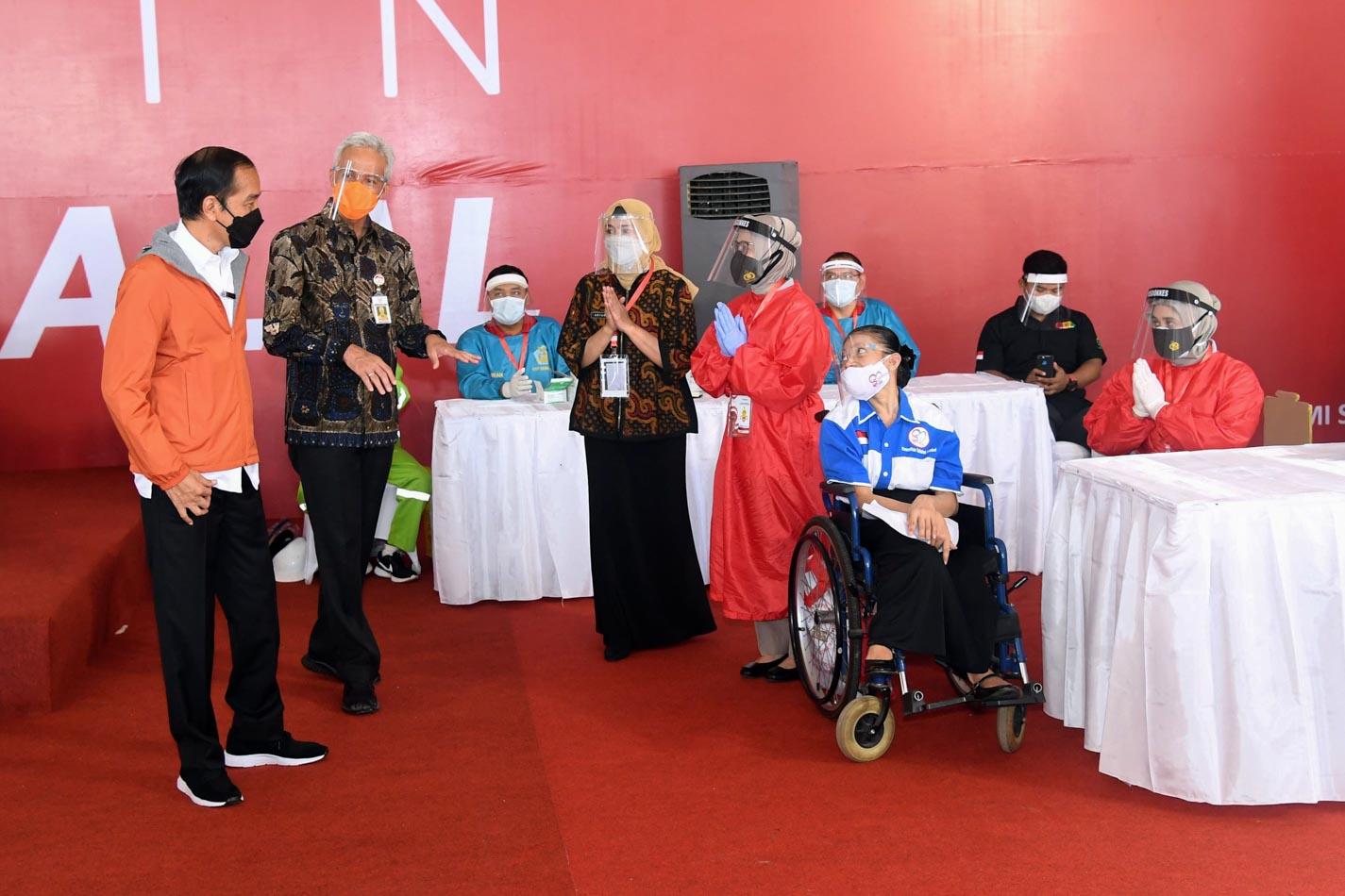 Kunker ke Semarang, Presiden Tinjau Vaksinasi Warga Difabel
