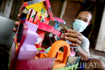 Pasang Surut Usaha Kelomang Mainan Anak-Anak Saat Pandemi