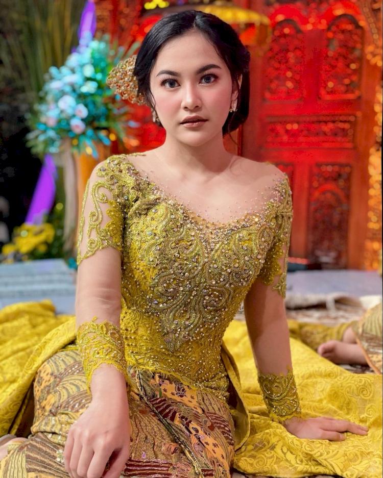 7 Potret Memesona Mahalini Raharja dengan Busana Khas Nusantara, Cantiknya Paripurna - Foto 1