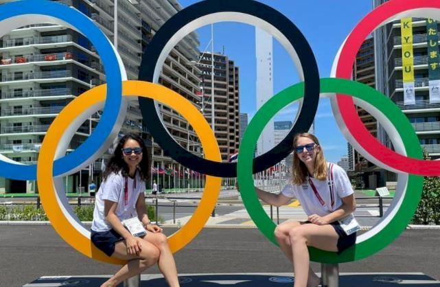 5 Pose Atlet Bulu Tangkis di depan Ring Olimpiade, Mejeng Dulu sebelum Berlomba - Foto 3
