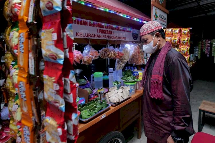 7 Potret Wali Kota Madiun Tangani Pandemi, Berdayakan PKL dan UMKM - Foto 2