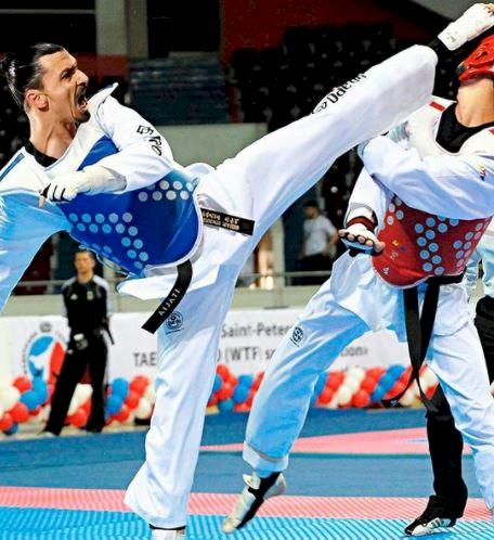 7 Editan Foto jika Pemain Bola Dunia jadi Atlet Olimpiade, Ibrahimovic Paling Cocok - Foto 7