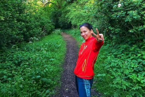 5 Potret Manis Liane Tan, Atlet Belgia Keturunan Indonesia yang juga Dokter Gigi - Foto 5