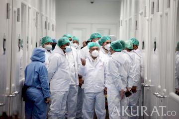 Kunjungan Sufmi Dasco Bersama Anggota DPR ke Pabrik Kimia Farma