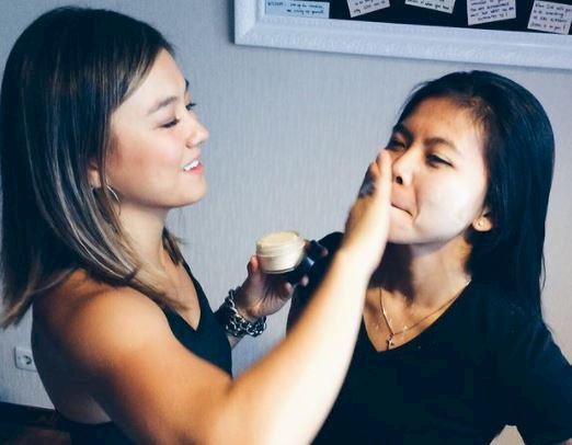 5 Potret Persahabatan Greysia PoliiAgnez Moo, Karaoke Barang hingga Surprise Ultah - Foto 2