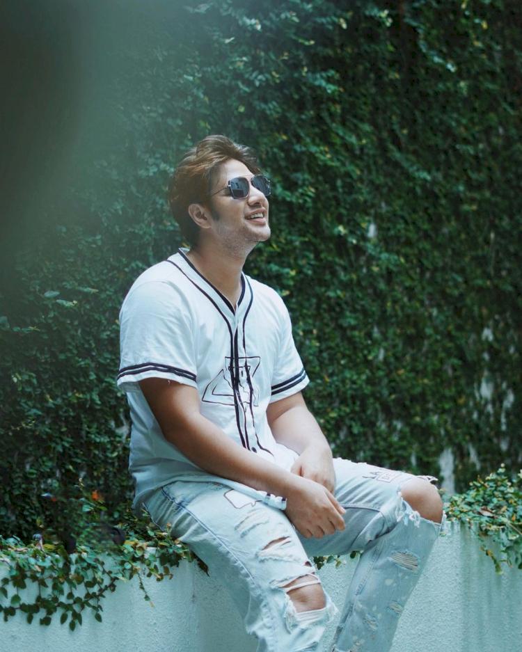 7 Potret Transformasi Ammar Zoni dari Awal Karier hingga Kini, Bikin Pangling Abis - Foto 5