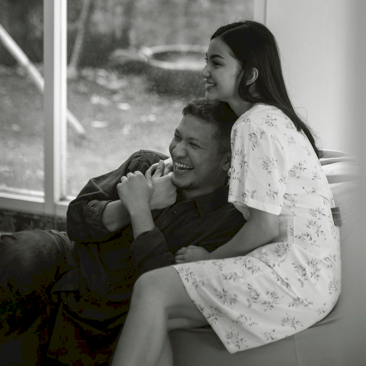 7 Potret Romantis Ariel Tatum dan Gading Martin, Bikin Iri Warganet - Foto 1