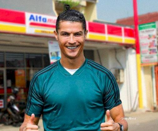 5 Editan Foto Lucu Ronaldo karya Fans Tanah Air, Ada di PP Muhammadiyah - Foto 3