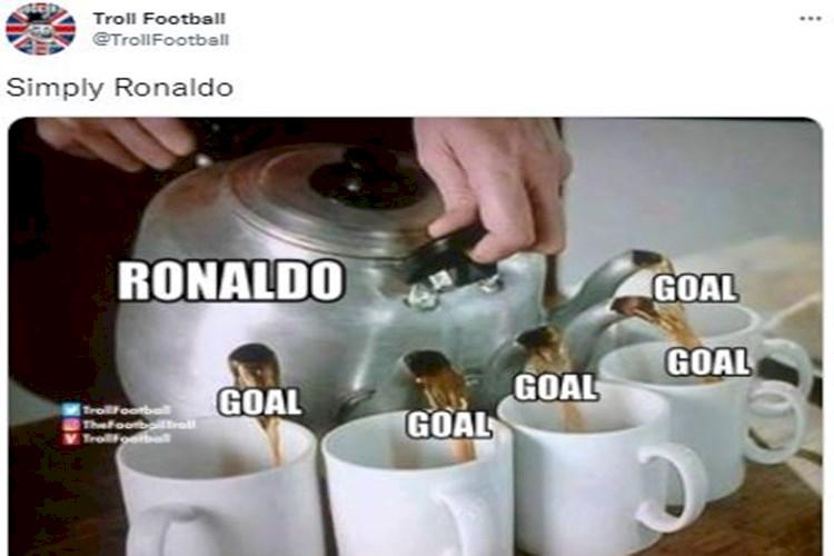5 Meme Lucu Cristiano Ronaldo Tampil di Liga Champions, Jaminan Gol - Foto 1