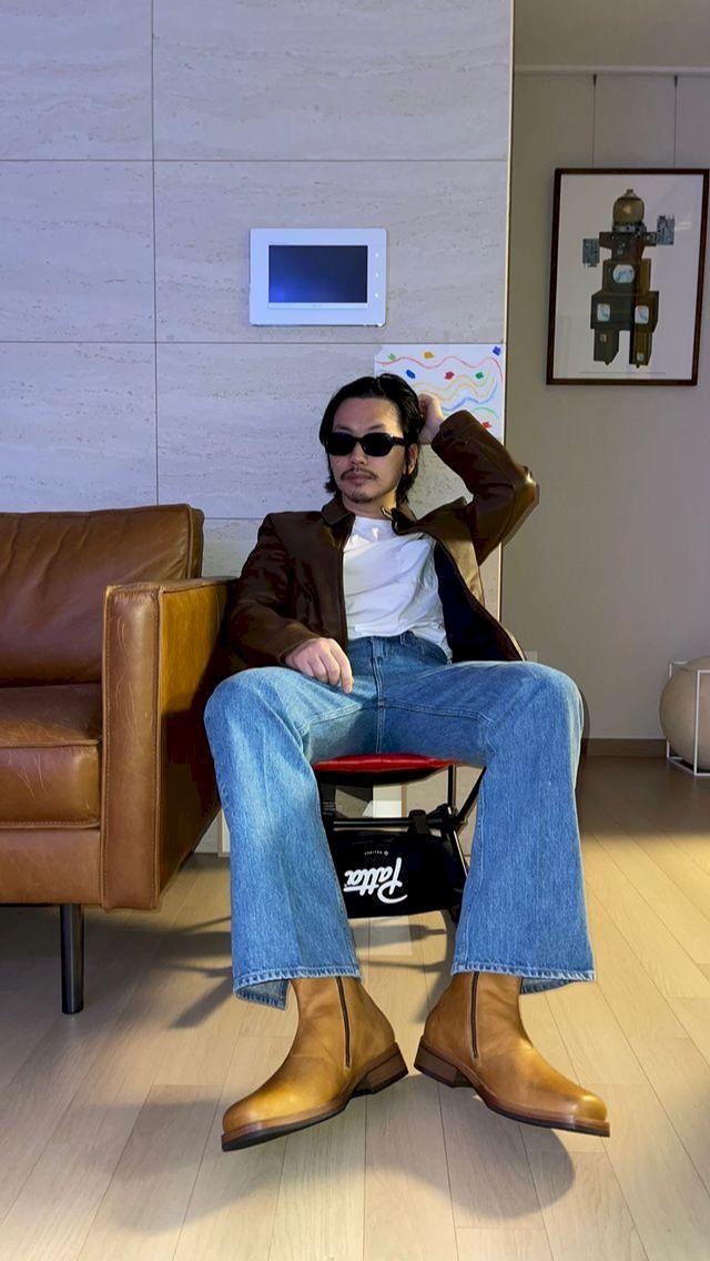 Potret Terbaru Lee Dong Hwi yang Lebih Macho - Foto 2