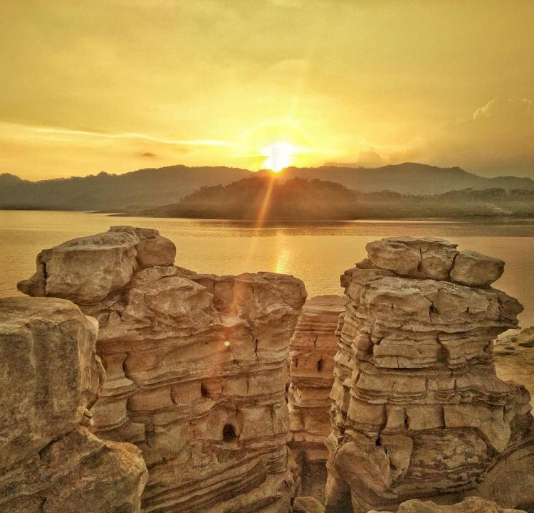 6 Destinasi Wisata di Kabupaten Wonosobo yang Tak Boleh Dilewatkan - Foto 2