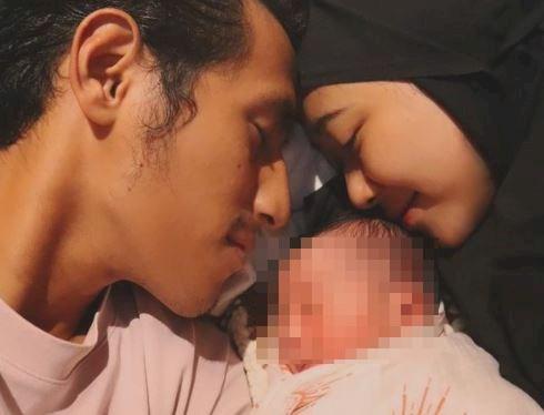 5 Foto Bahagia Hanif Sjahbandi jadi Ayah, Calon Penerus - Foto 4