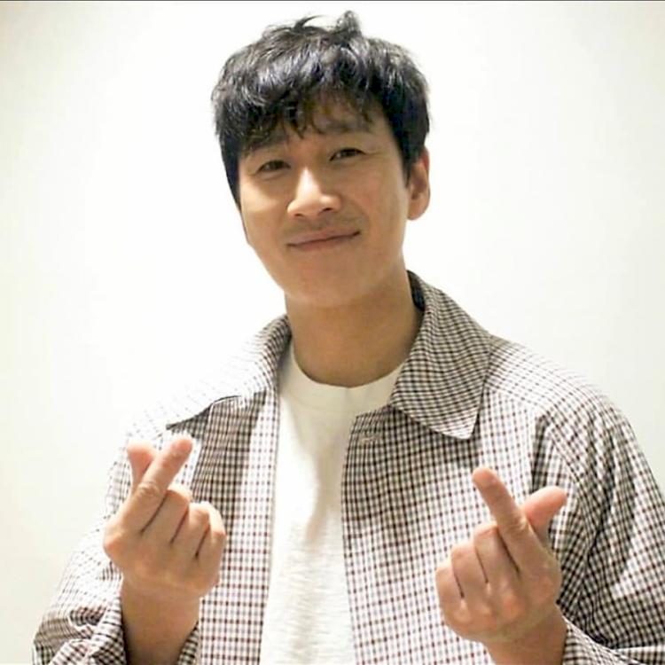 Deretan Aktor Korea yang Makin Ganteng di Usia 40 an - Foto 5