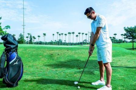 5 Potret Kece M Rian Ardianto kala Santai, jadi Model sampai Main Golf - Foto 2