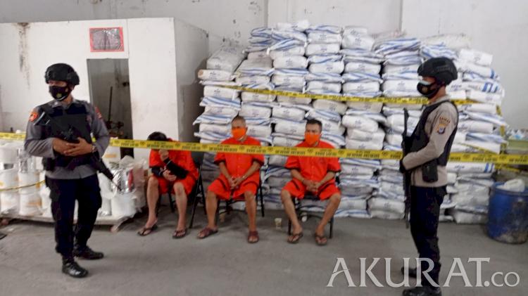 Produksi 2 Juta Pil Sehari, 2 Pabrik Psikotropika Terbesar di DIY Dibongkar - Foto 2
