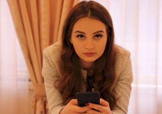 5 Potret Menawan Alina Davletova, Pebulu Tangkis Rusia yang Bikin Hatimu kena Drop Shot - Foto 3
