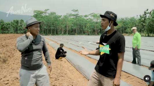 Banting Stir Jadi Petani, 7 Potret Terbaru Komedian Narji - Foto 2