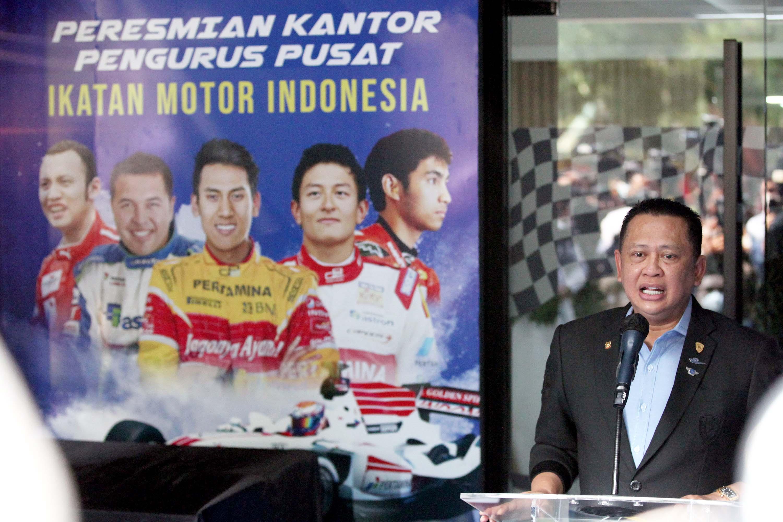 Ketua MPR Resmikan Kantor Pengurus Pusat IMI di Kawasan Senayan
