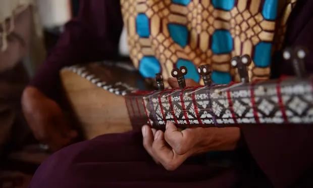 Takut Dipersekusi Taliban, Para Penyanyi Afganistan Putuskan Kabur ke Luar Negeri