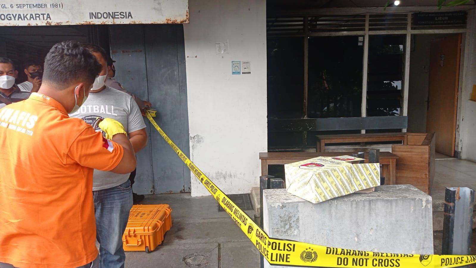 Teror Bom Molotov Diduga Terkait Kasus yang Ditangani LBH Yogyakarta