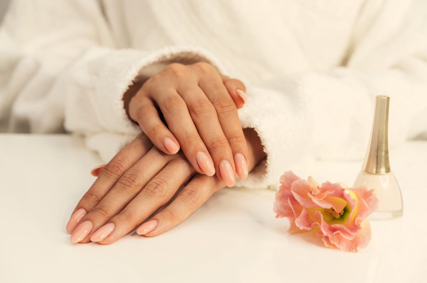 Kenali Ciri-ciri Kuku Sehat dan Terawat