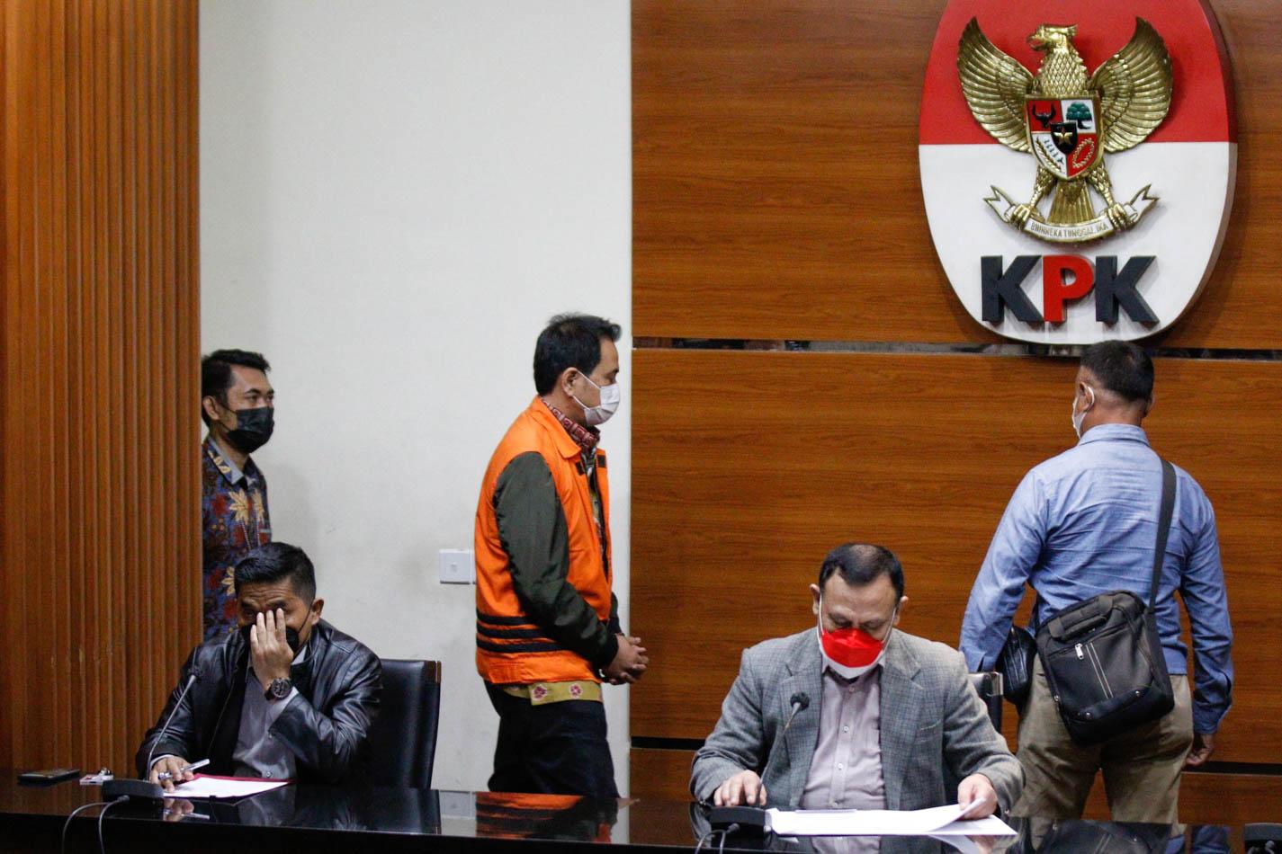 Adies Kadir: Golkar Tetap Kawal Perkembangan Kasus Azis Syamsuddin