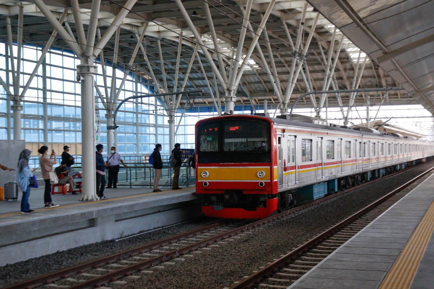 Jalur Layang Stasiun Manggarai Resmi Beroperasi