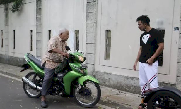 Sindiran Terhadap Baim Wong, Nikita Mirzani: Bertuhan Sama Konten Sih Lu Ya - Foto 1