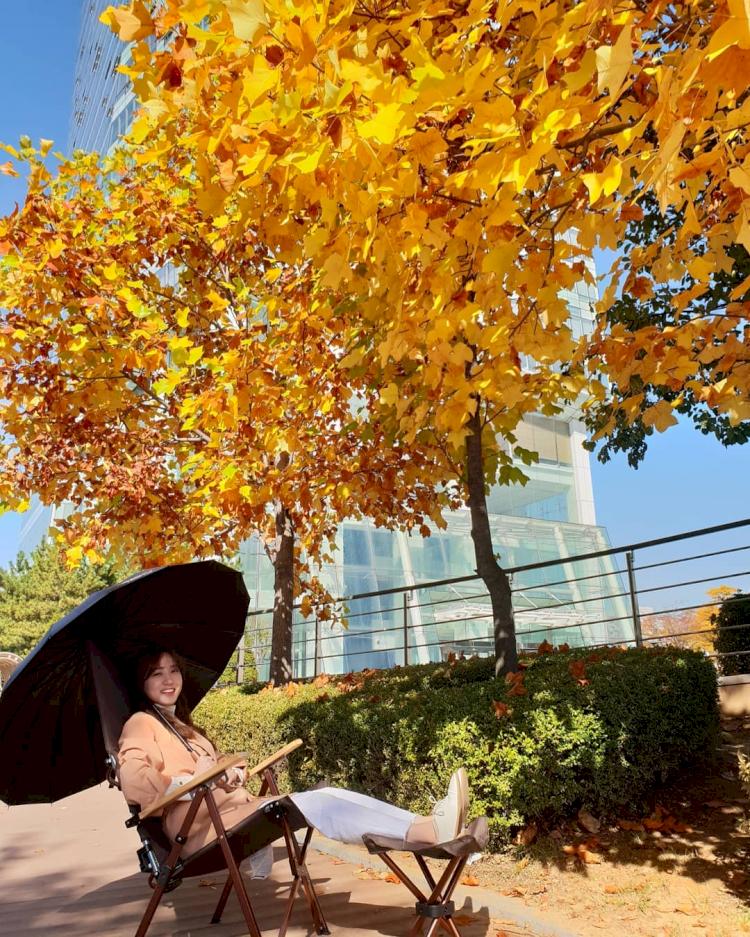 Potret Manis Park Eun-bin Bintang The Kings Affection saat Liburan Outdoor - Foto 5